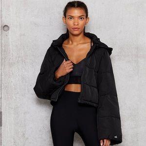 ❗️NWT Alo Yoga Introspective Cropped Puffer Jacket